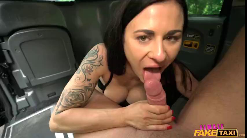 FemaleFakeTaxi Billie Star E267